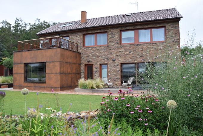 Vila/Like house
