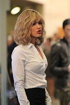 Megan Fox je jako blondýnka úplně jiná žena.
