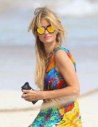 Paris Hiltonovou nachytali na dovolené v mexickém Cancúnu.