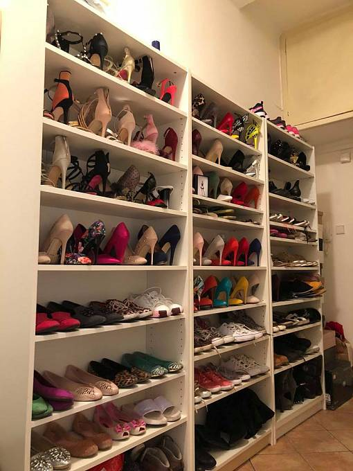 Její botník by chtěla mít doma snad každá holka.
