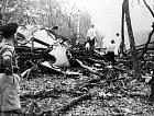 Letecké neštěstí nepřežil žádný zpatnácti cestujících.