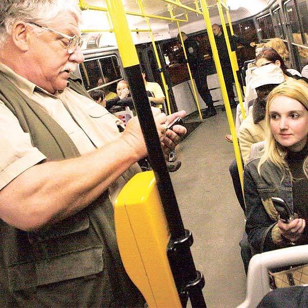 Vládce tramvaje. Ferdinand Kasl pracuje jako revizor už 25 let.