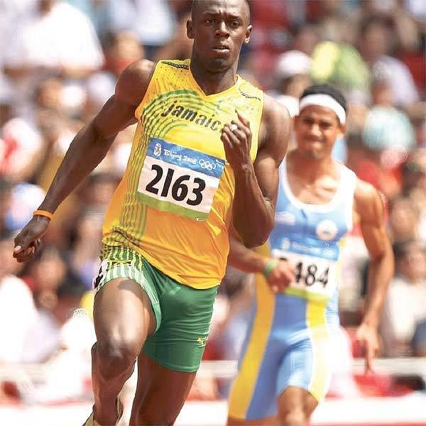 Asi nikdo na světě nepochybuje o zlatu Bolta z dvoustovky. Jediná otázka zní, zda překoná světový rekord Michaela Johnsona.