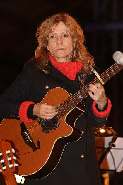 Lenka Filipová žije muzikou.