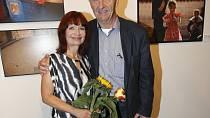 Manželkou Ondřeje Neffa je herečka Ljuba Krbová.
