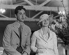 26 let: Prvního manžela Harmona Nelsona podváděla.
