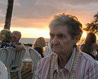 Babička je poprvé na Hawai.
