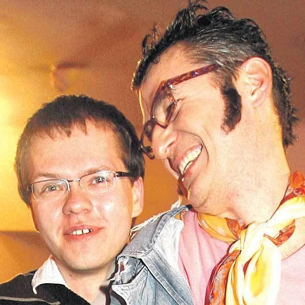 Lumír Olšovský přivedl na večírek svého přítele Pavla.