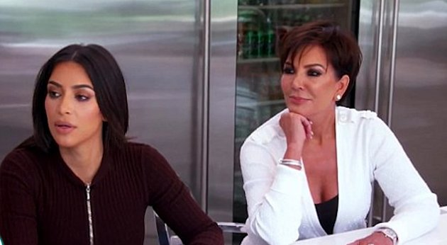 Kris Jenner a její nejslavnější dcera Kim Kardashian West také nevypadají jako typický příklad matky a dcery. Faktem je, že zrovna této dvojici vtom hodně pomáhají plastiky.