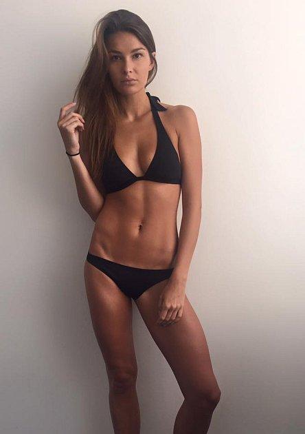 Modelka Nikol Švanternová je opět volná.