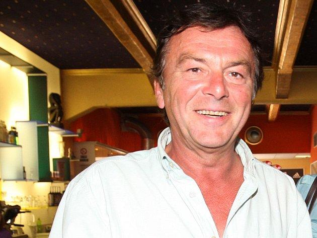 Pavel Trávníček je herec milionář.