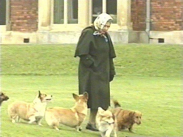 Královna Alžběta II. jak ji neznáte