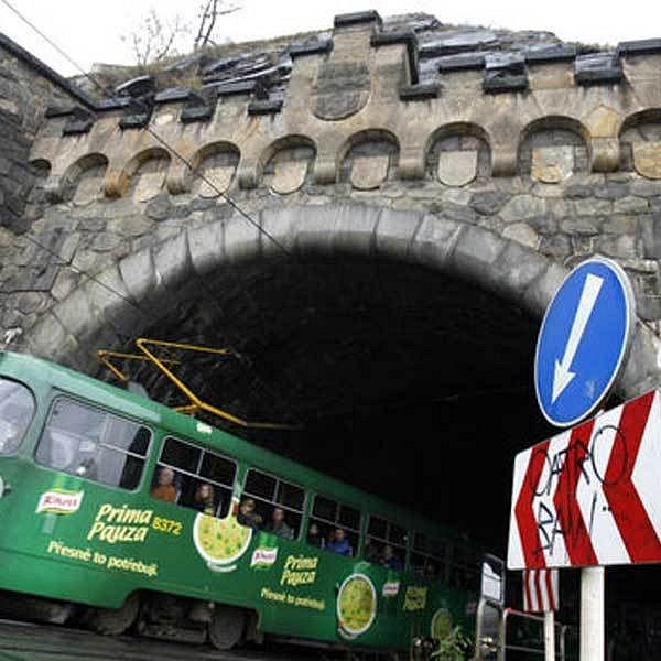 Tunel pod pražským Vyšehradem