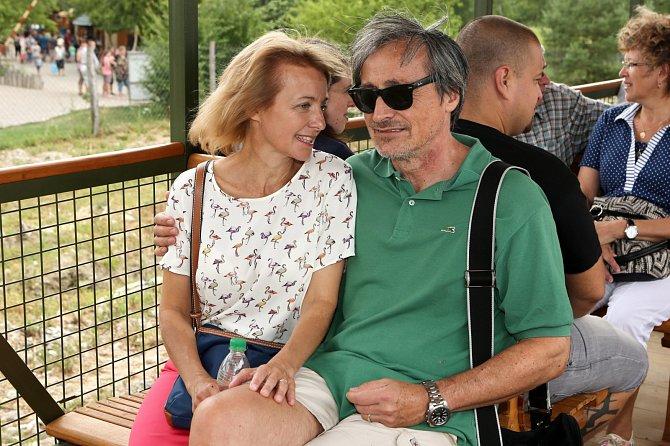 Veronika Žilková a Martin Stropnický jsou jak zamilovaní puberťáci.