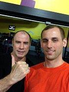 John Travolta sdílel snímek z posilovny...