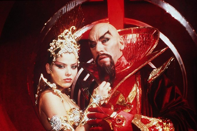 Sci-fi Flash Gordon (1980). Ornella a Max von Sydow.