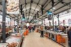 Největší tržiště voblasti Algarve najdete vLoule avypadá hodně moderně.