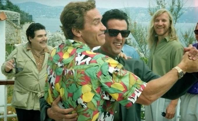 Kdo to tady tančí? Arnold Schwarzenegger a Sylvester Stallone.