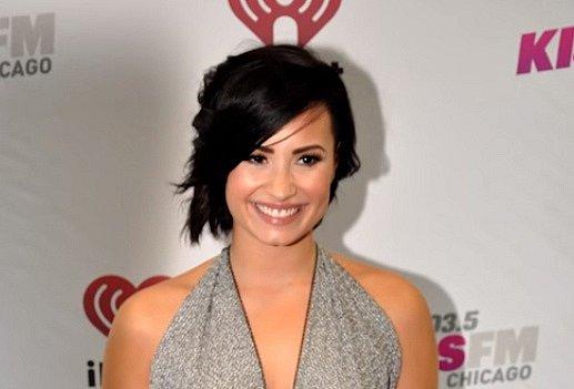 Sedmá příčka Demi Lovato.