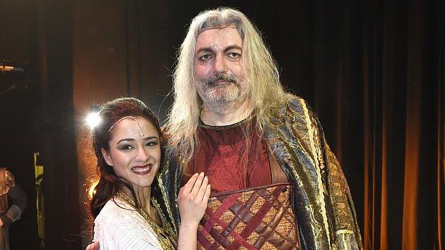 Dan Hůlka a Eva Burešová