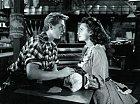 Vefilmu Abilene Town (1946) si zahrál sRhondou Flemingovou.
