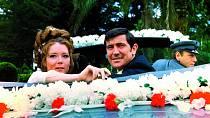Vbondovce Vtajné službě Jejího Veličenstva (1969) si zahrál sDianou Riggovou.
