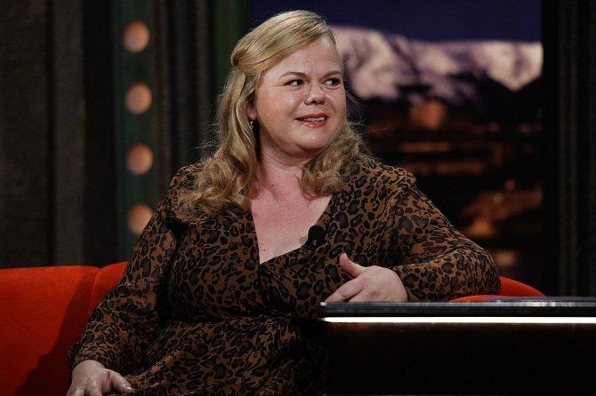 Sabina Remundová hraje v seriálu Kukačky velice přesvědčivě roli jedné z matek vyměněných dětí.