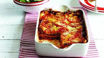 Tradiční lasagne jsou vynikající pochoutkou.