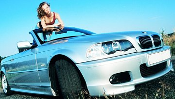 Řekni mi, jakým vozem jezdíš, a já ti řeknu, jaký jsi nevěrník.