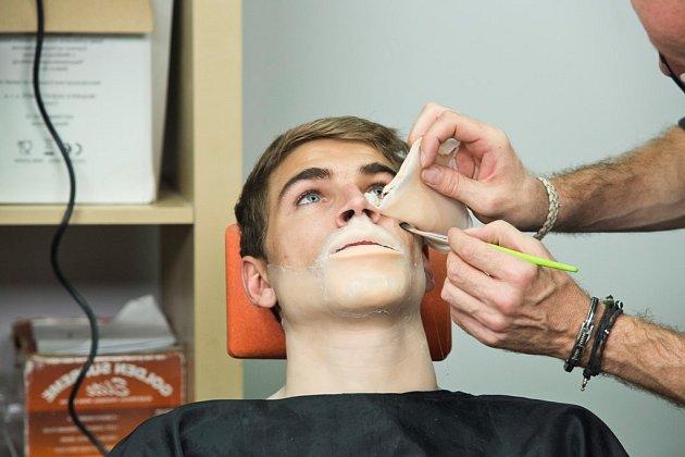 David Gránský si kvůli masce vprvním díle show Tvoje tvář má známý hlas vytrpěl své.