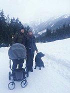 Monika s rodinou.