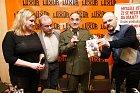 Oldřich Kaiser na křtu knihy Rudý kapitán