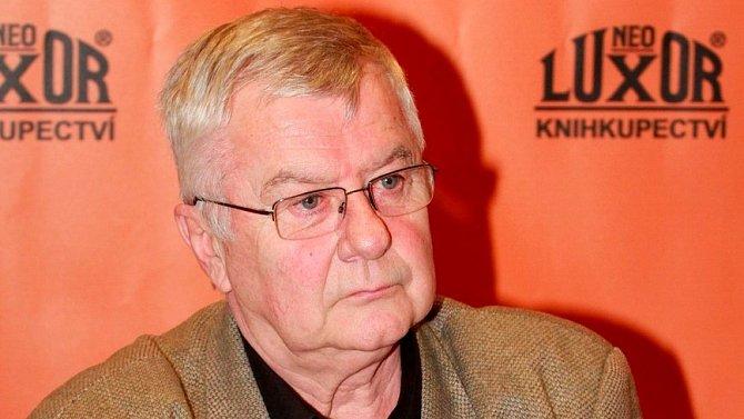 Roky před smrtí Ladislav Potměšil statečně bojoval s vážnými zdravotními problémy.