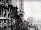 1895 - Nehoda vlaku v Paříži.