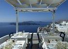 Restaurace Caldera na Santorini, Řecko.