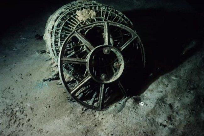 Turbína po sedmdesáti letech v moři.