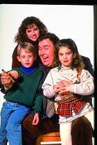 Vkomedii Strýček Buck (1989) si zahrál třeba sJohnem Candym.