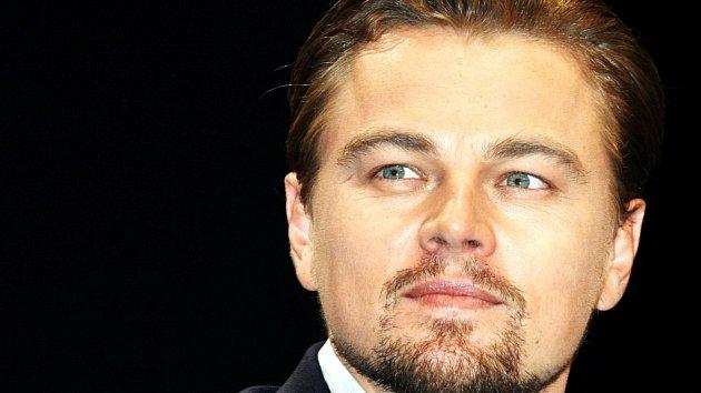 Leonardo má nevlastního bratra za mřížemi.