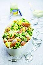 Teplý salát zrůžových brambor