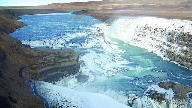 Jiný svět, jinak nelze Island stručně zhodnotit.