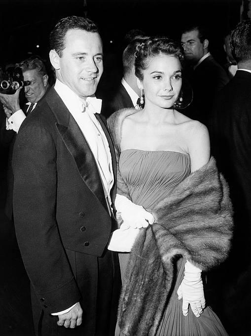 Jack se sFelicií Farr objevil poprvé naveřejnosti vroce 1957. Vzali se opět let později.