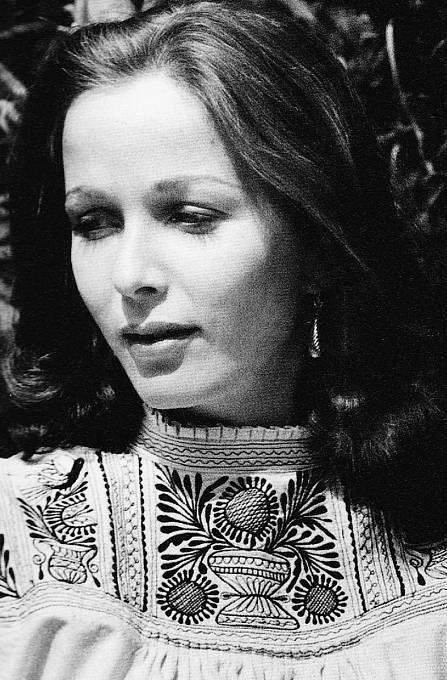 Herečka Brooke Hayward žila shercem devět let.