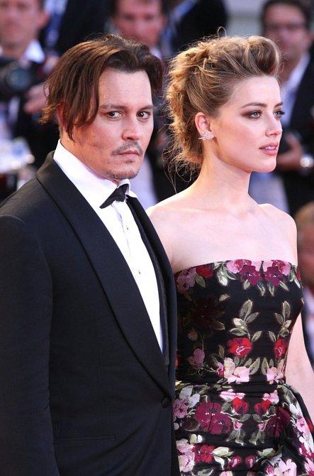 Soudní spory s bývalou manželkou Amber Heard na Deppovu kariéru dobrý vliv rozhodně nemají.