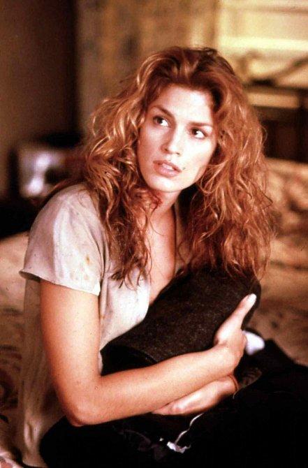 S modelingem sice skončila krátce po narození syna (v roce 2000), ale lukrativní nabídky jí chodí dodnes.
