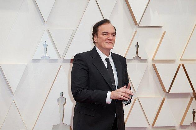 Quentin Tarantino samozřejmě nemohl chybět, režisér také vypadá, že vlastní doma stroj času.