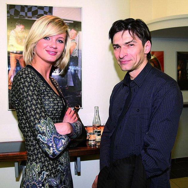 Moderátor se svou přítelkyní Ilonou