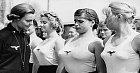 Studentky německé univerzity při tělocviku.