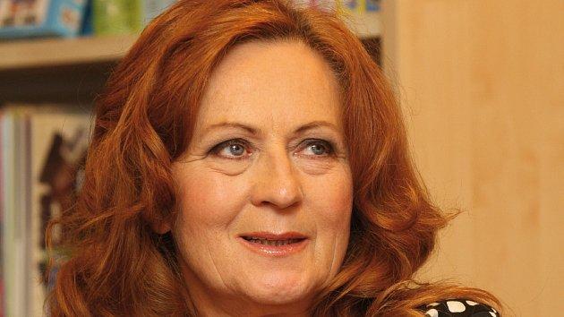 Herečka Simona Stašová.