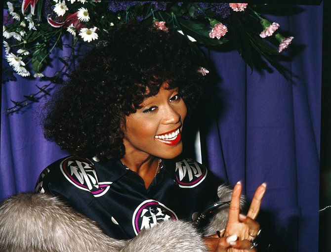 Whitney Houston, 1987