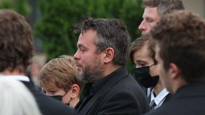 Josef Abrhám mladší neudržel na pohřbu své maminky slzy dojetí.
